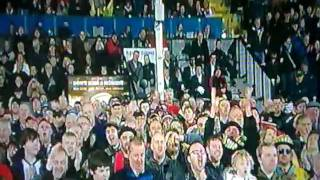 "Vittorio Munari canta ""Stand up for the Ulster men"" (Ulster-Clermont Heineken Cup 2011)"