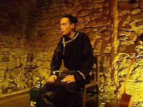 Imre Peemot performs Dag/Khovu Kargyraa with Chylandyk in C#. Italy/Valdagno 2008