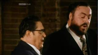Panis Angelicus - Pavarotti Father & Son Duet