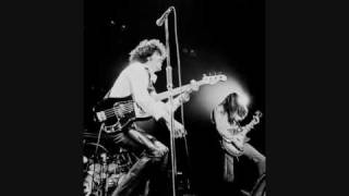 Thin Lizzy - Johnny The Fox Meets Jimmy The Weed (Live Detroit