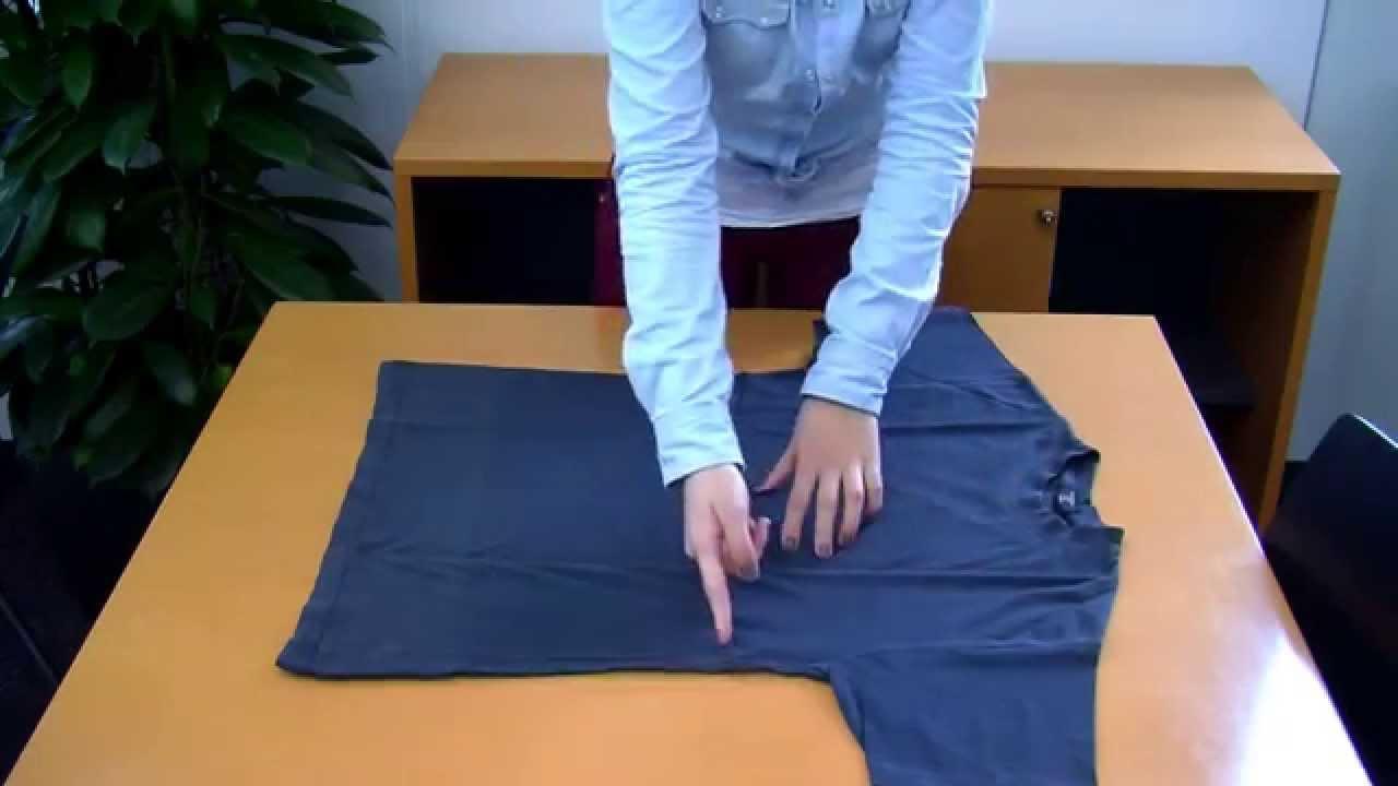 Wie Falte Ich Ein T-Shirt In Zwei Sekunden