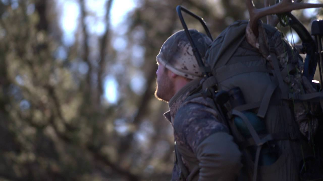 Cabela\'s Minimalist Frame Pack - YouTube