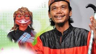 Pengajian lucu ustadz cepot yang terkenal aktraktif alias pecicilan bin enerjik dengan gaya bikin ketawa..