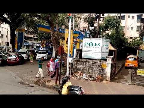 Car rush in Bombay