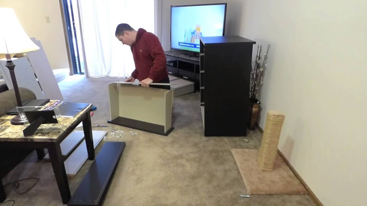 Ikea malm 4 dresser assembly timelapse youtube for What time does ikea close