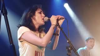 KITTY DAISY & LEWIS - Black Van THE FLOW live Paris 2017