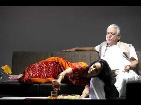 Mallika Sherawat Was Uncomfortable Doing Bold Scenes With Om Puri - BT