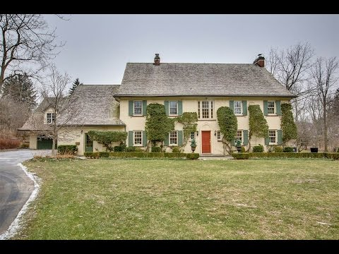 Period Detail With Character & Enchantment In Ancaster, Ontario, Canada