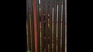 видео Ворота распашные из профнастила в Москве: цена и размеры. Купить автоматические ворота распашные из профлиста