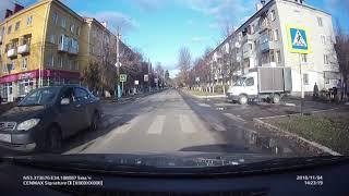 В Сельцо девушка чудом увернулась от иномарки на пешеходном переходе