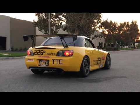 Tomei Expreme Ti Exhaust - Honda S2000 AP1 / AP2