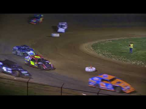 4 21 18 Oh Crap!!!! Moment of the Night Lincoln Park Speedway