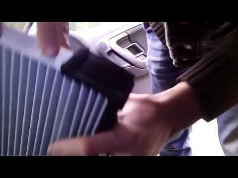 Замена воздушного фильтра в салоне skoda fabia 1.4