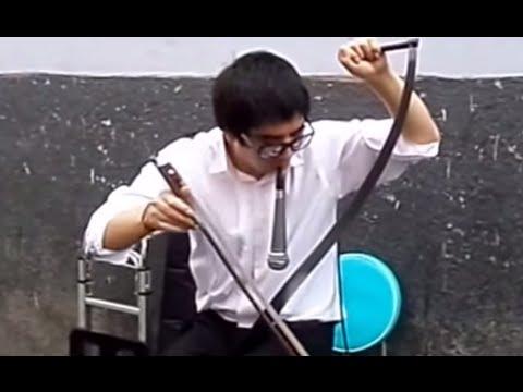 Amazing Musical saw performance: Himno Nacional del Peru