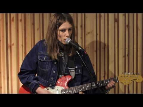 Wolf Alice - Fluffy (The Amazing Sessions)