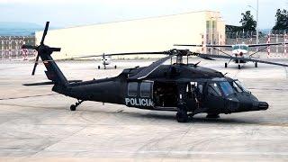 Helicóptero Black Hawk Despegando.