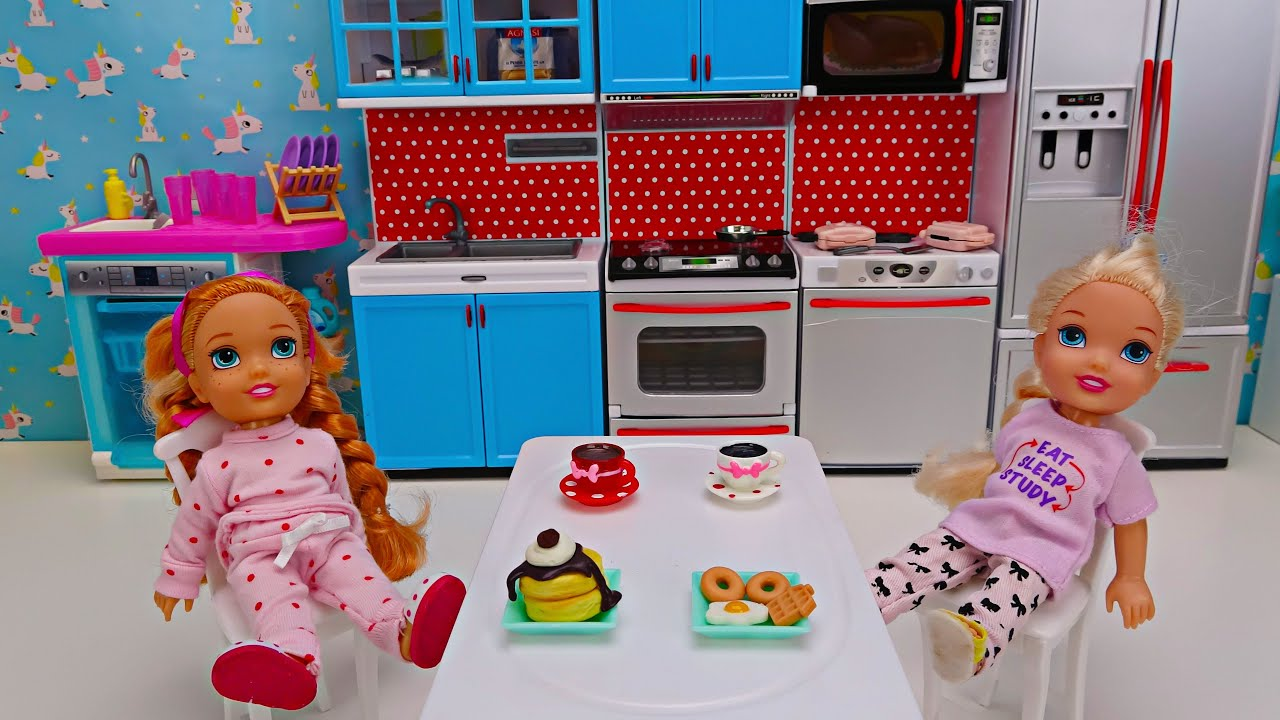 Download Elsa and Anna toddlers morning routine