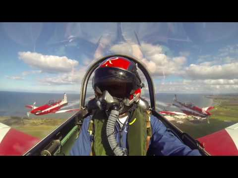 T150 Defence Force Air Show 2016 - Roulettes