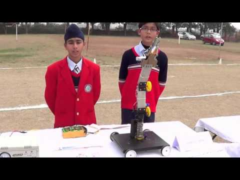 EKLAVYA SCHOOL JALANDHAR – Science Exhibition 2016 (Robotic Arm )