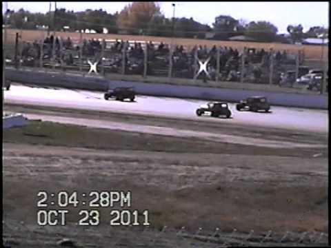 10/23/11 RMDCRA, Dwarf car class- I-76 speedway