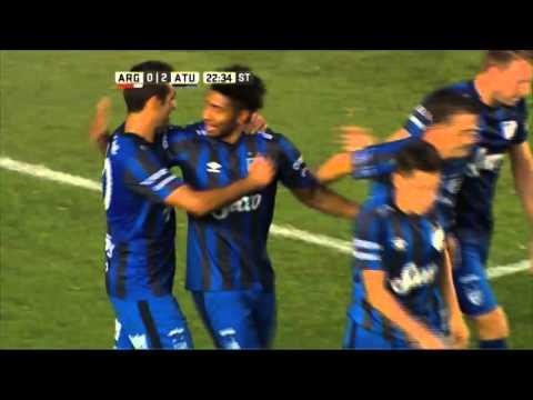 Un Argentinos sin respuestas fue goleado por Atlético Tucumán