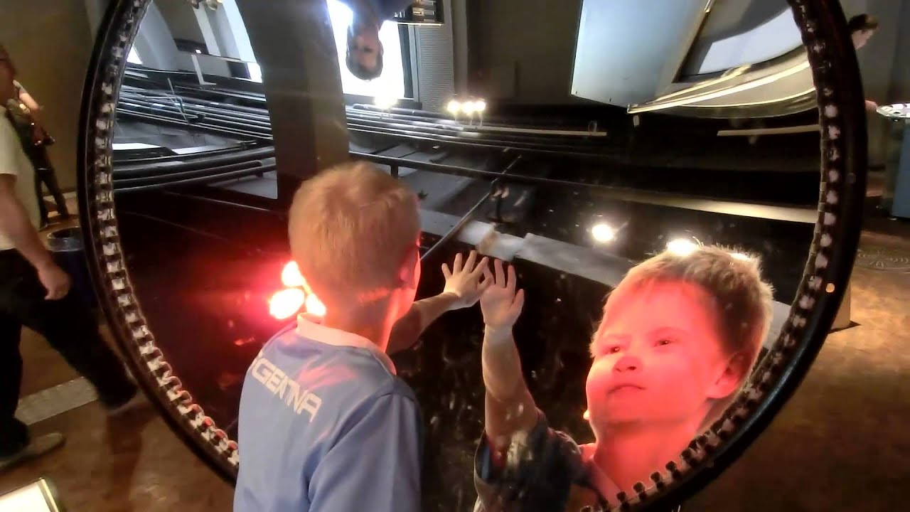 Concave and Convex Mirrors - YouTube