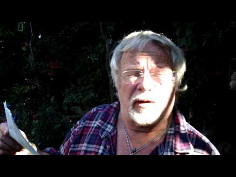 How many species of birds has Bill Oddie spotted in his garden?