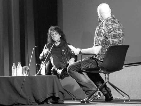 Alice Cooper - Talks - Freddy & Jason,Willam Shatner,John Carpenter,Suck & Dark Shadows.