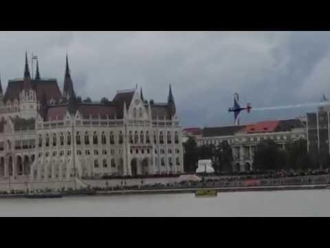 Matt Hall harmadik lett Budapesten a Red Bull Air Race-n