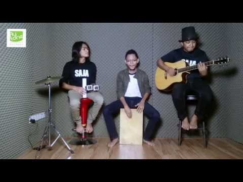 HAPPY-PHARELL WILLIAMS (LIVE COVER) BY SAJA