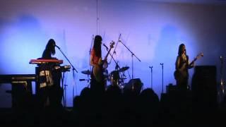 岡山大学軽音FOLK2015学祭、チャットモンチーのコピーバンドです。