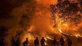 Fékezhetetlen a tűzvész Kaliforniában
