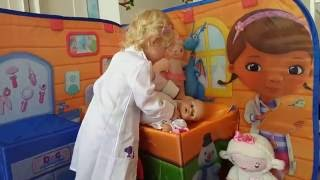 CUTE REAL LIFE DOC MCSTUFFINS CHECK UP 3D PLAYSCAPE thumbnail
