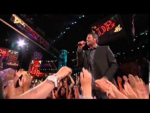 Timber, I'm Falling In Love The Voice US Season 4 Final   Danielle Bradbery, Blake Shelton   Video C