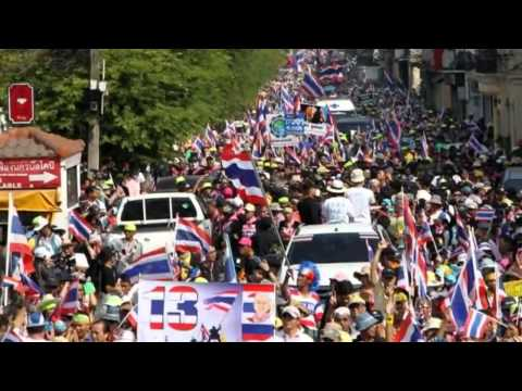 Thai Protests Attackers Strike Bangkok Protest Camp   19 January 2014 MUST SEE