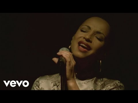 Sade - Pearls (Lovers Live)