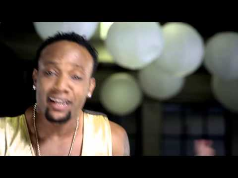 Kcee Ft. Flavour - Give it 2 Me [Official Video]