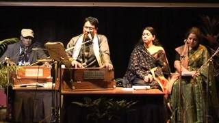Ke Jeno Aj Amar Chokhe - Live