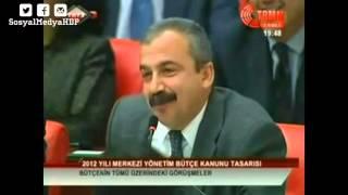 Sırrı Süreyya Önder'in konuşmalarından esprili kesitler
