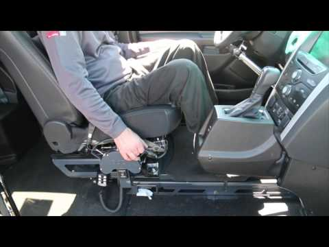 Adapted Driving Expo-Vehicle 2-Worlds 1st Wheelchair Accessible SUV- The Braun Ability MXV