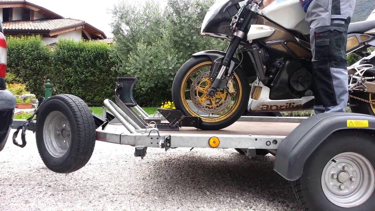 Blocca moto sú carrello ecc.. - YouTube