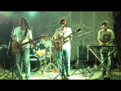 Rohantha & Band - Live at Fun & Joy Reggae Party Bentota in Sri Lanka 14/12/13