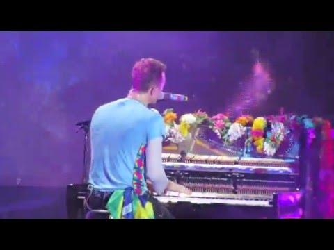 Up&Up - Coldplay (Maracanã, Rio de Janeiro - 2016)