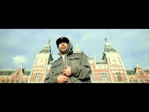 Showbiz & AG - Walk With Me  (VIDEO)