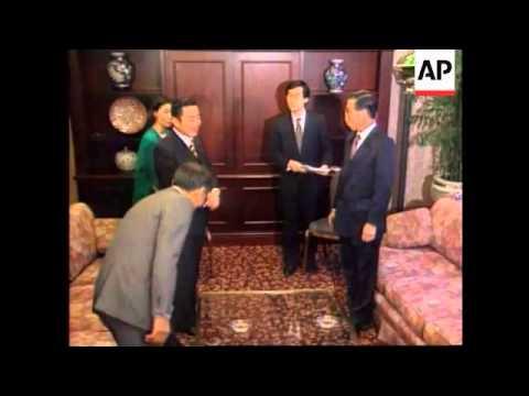 Canada-Alberto Fujimori and Ryutaro Hashimoto meet
