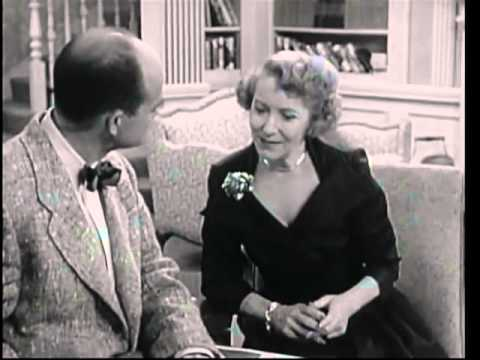THE GEORGE BURNS and GRACIE ALLEN SHOW    Gracie Buys George a Boat  3rd Season )