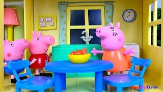 STORY WITH PEPPA PIG AND GEORGE - GEORGE IS SCARED OF THE STORM