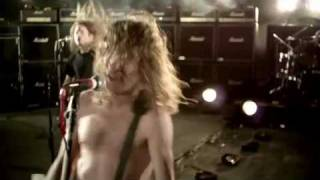 Airbourne - Blonde, Bad, and Beautiful [OFFICIAL VIDEO]