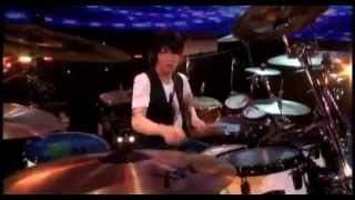 Band: SID (シド ) Song: Natsukoi From their album Sentimental Macch...