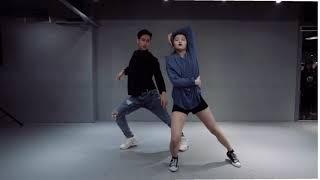 Download Lagu Mirrored rewrite the stars one million dance studio Mp3